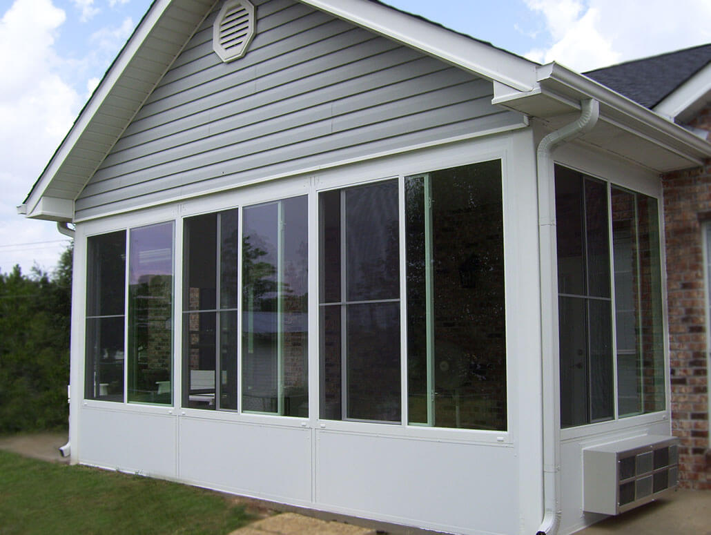 Sunrooms pensacola fl patio enclosures sun rooms for Building a sunroom addition