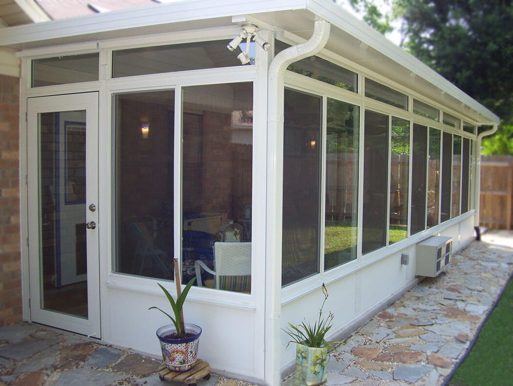 Sunroom gallery sunrooms screen rooms pensacola fl for Screen room addition plans